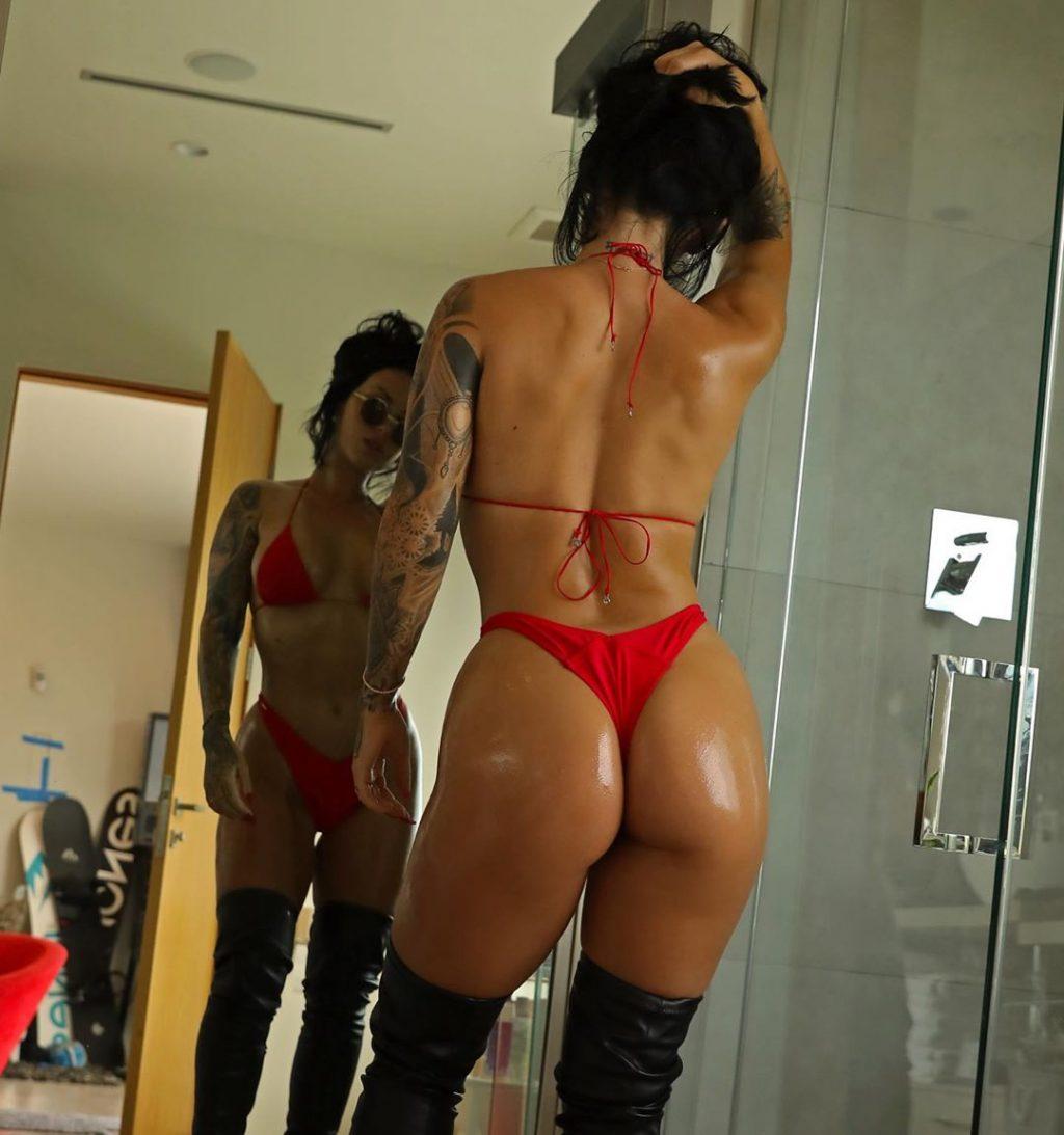 Kayla Lauren Nude & Sexy (19 Photos)