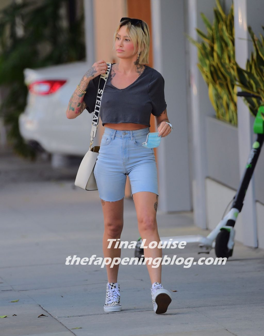 Braless Tina Louise Looks Stylish as She Leaves an Appointment in Beverly Hills (28 Photos)