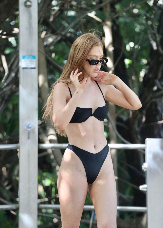 Zoe-Clare McDonald Shows Off Her Bikini Body (39 Photos)