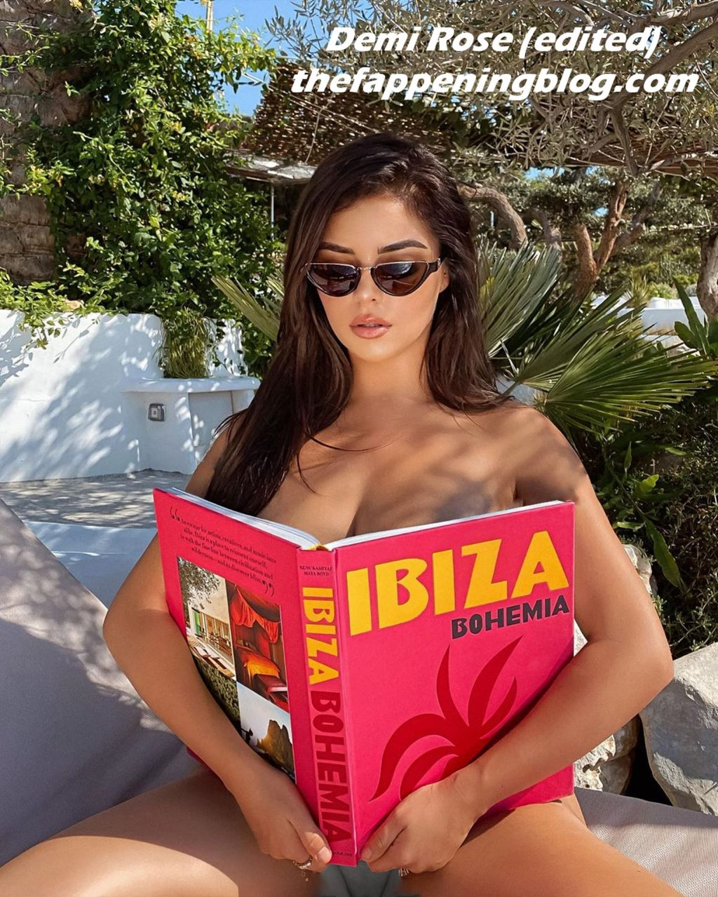 Demi Rose Hot (3 New Photos)