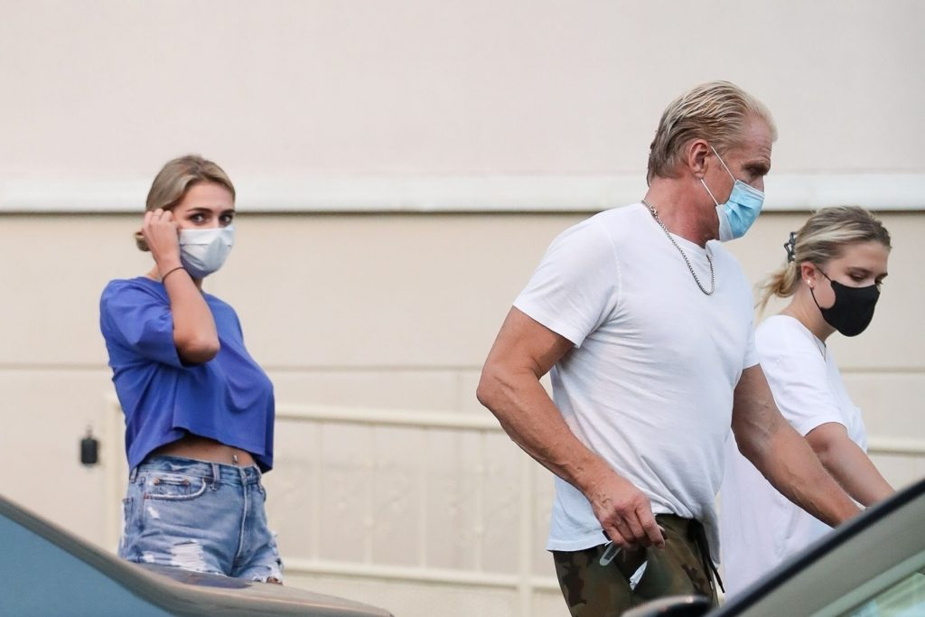 Dolph Lundgren & Emma Krokdal Pick Up Groceries at Gelson's in West Hollywood (14 Photos)