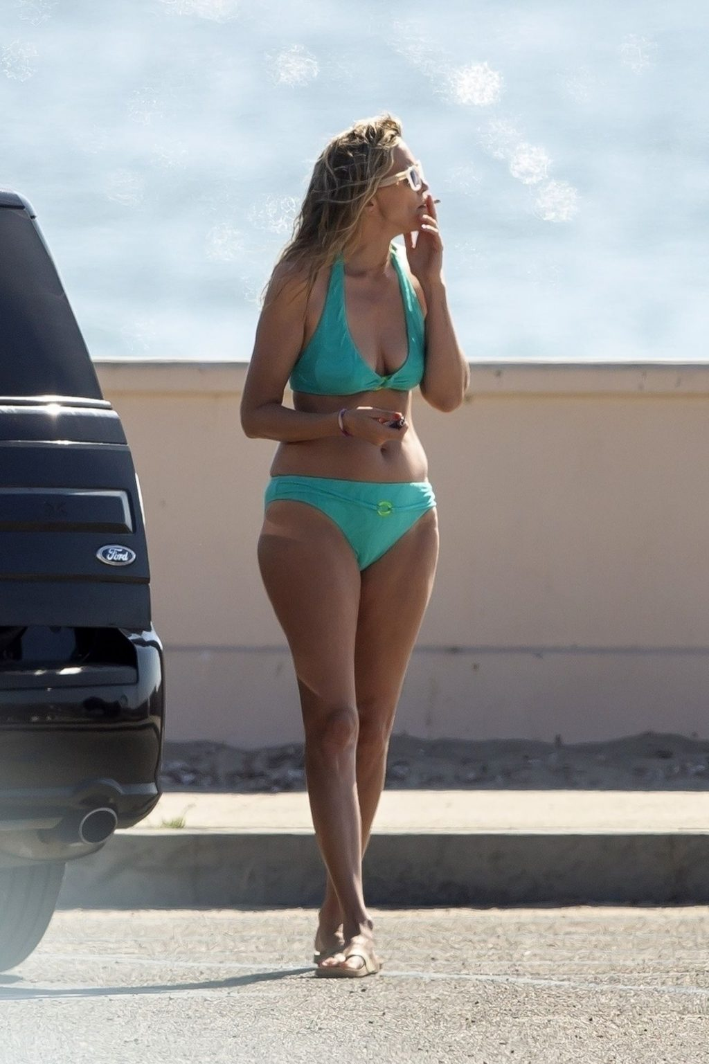 Stephanie Hobgood Smokes a Suspicious Cigarette at the Beach (41 Photos)
