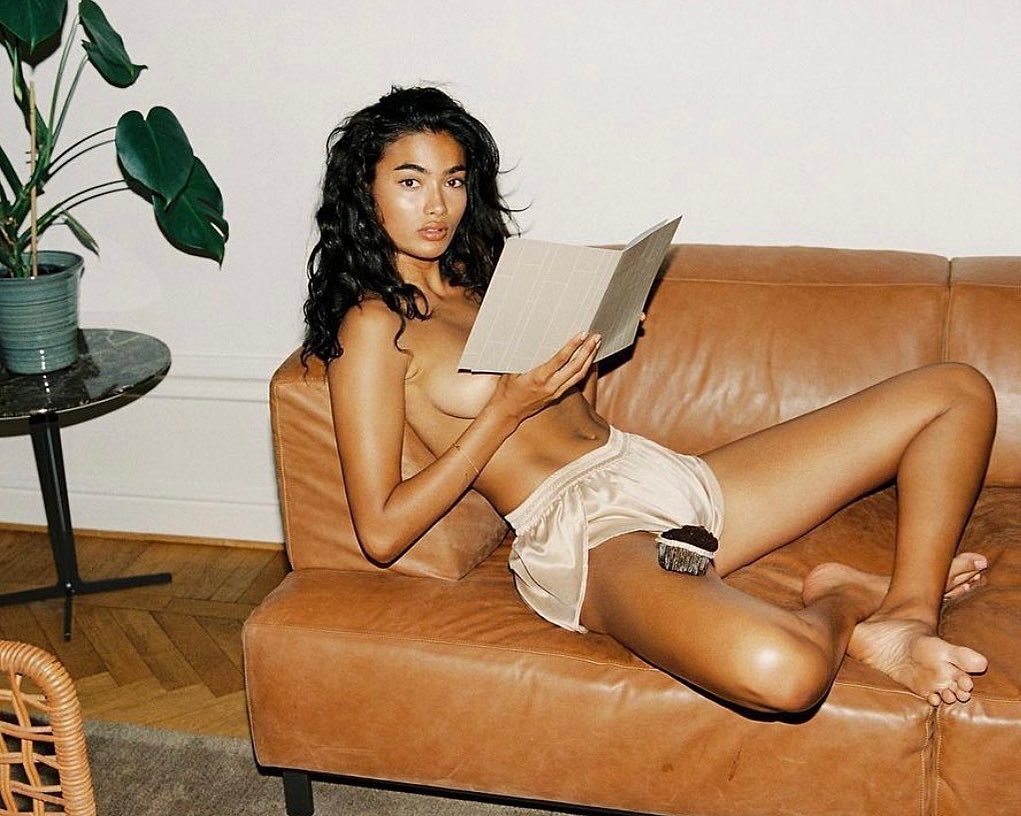 Kelly Gale Sexy & Topless (22 Photos)