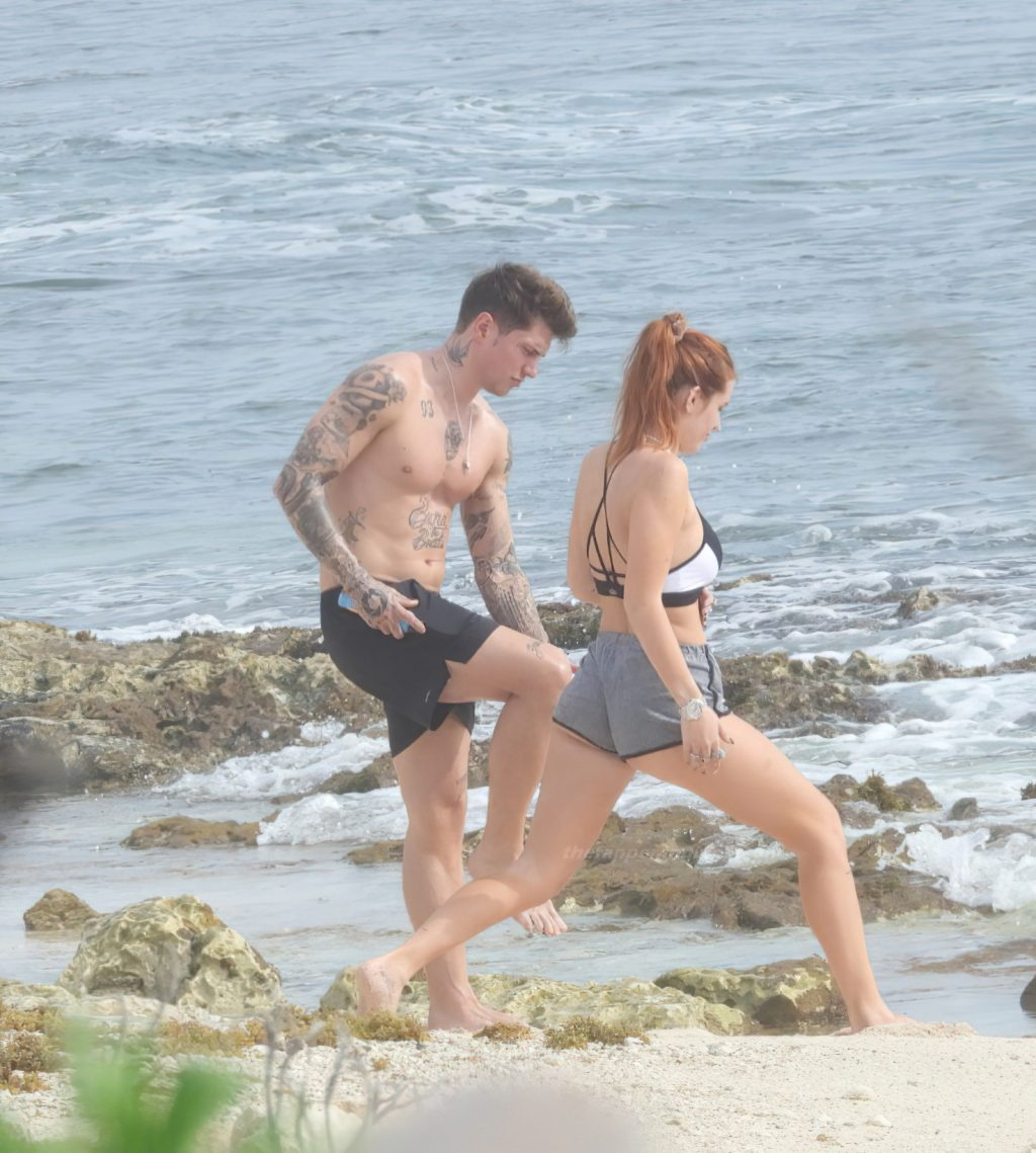 Bella Thorne Does Some Yoga Stretches for Her Sex Tape (67 Photos)
