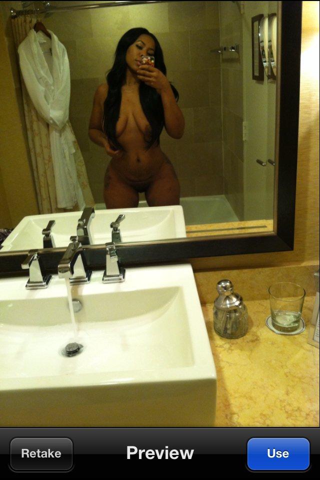 Deelishis aka Chandra Davis nude