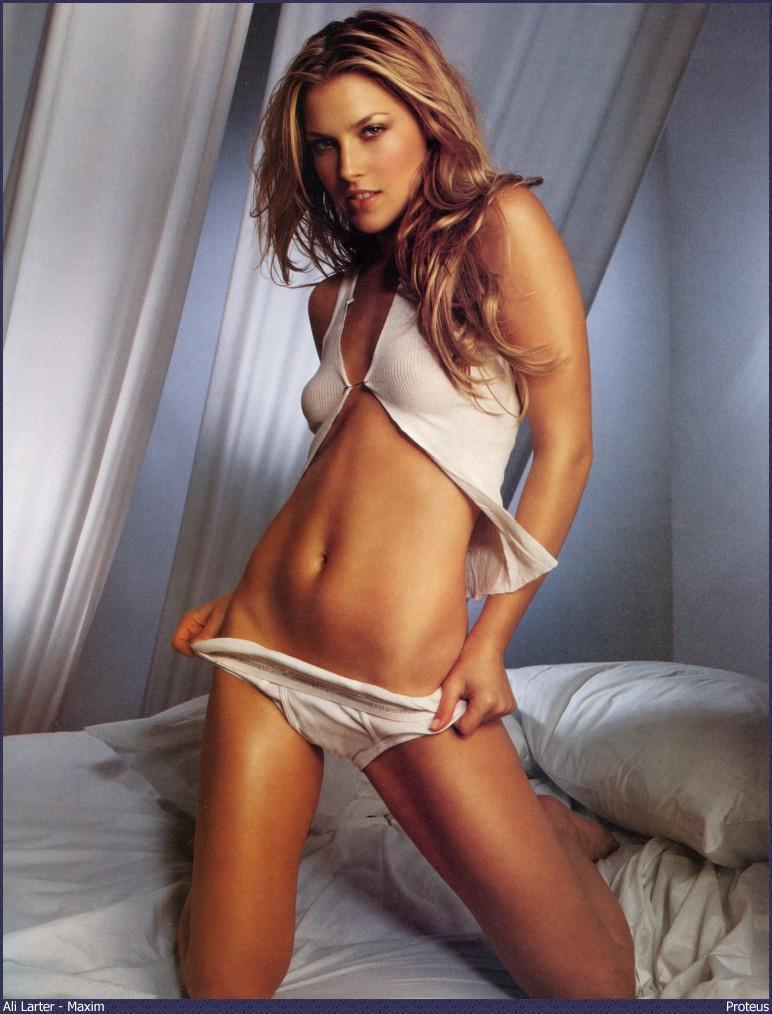 Ali Larter Sexy Photoshoot
