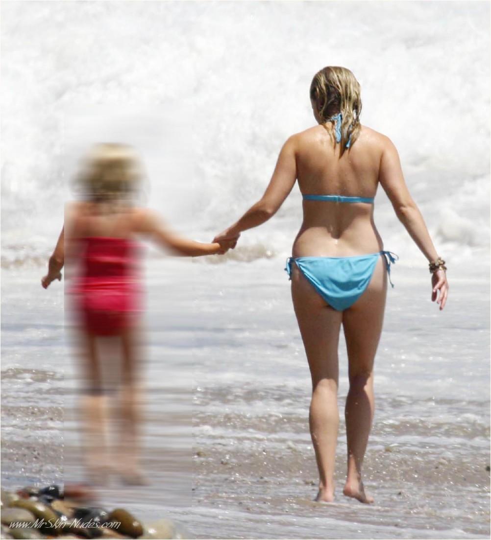 Reese Witherspoon Bikini photos