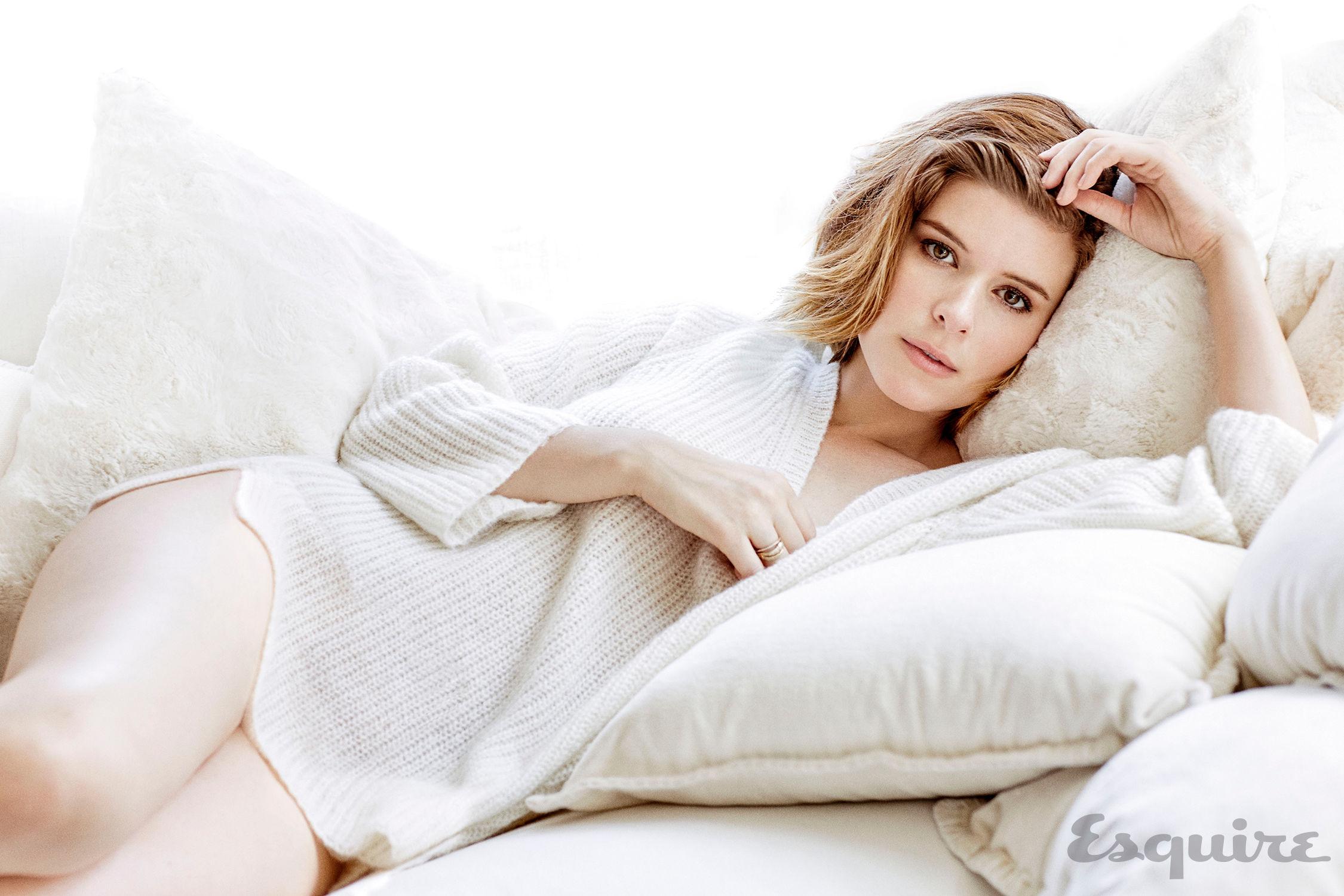 Topless pics of Kate Mara