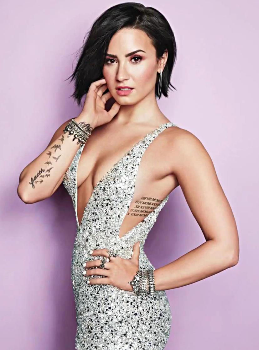 Demi Lovato's sexy pics