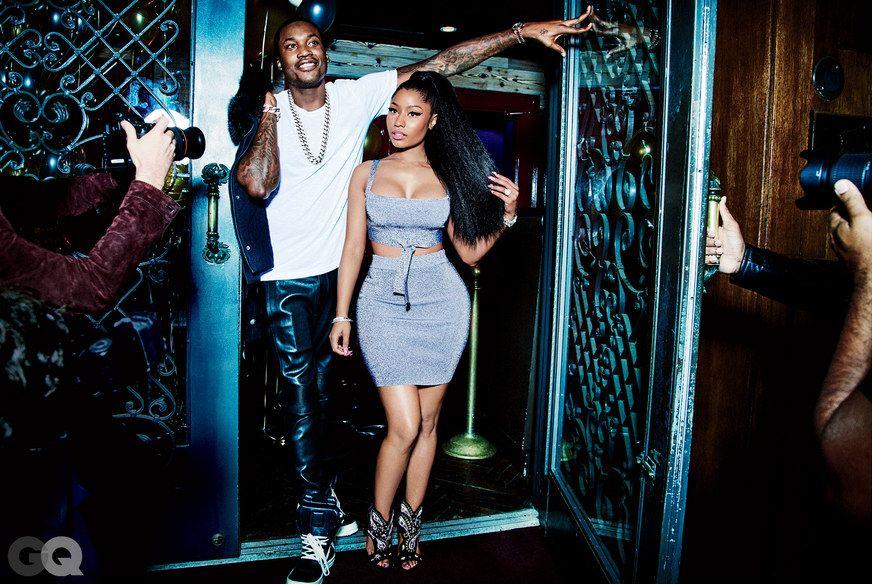 Nicki Minaj Cleavage Photos