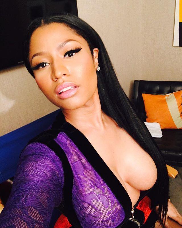 Cleavage photos of Nicki Minaj