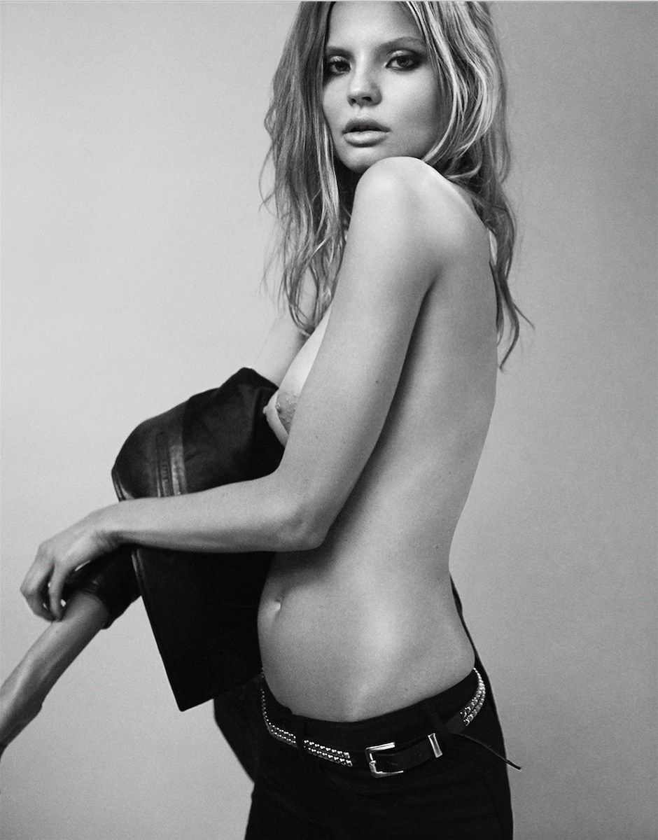 Magdalena Frackowiak Topless Photos