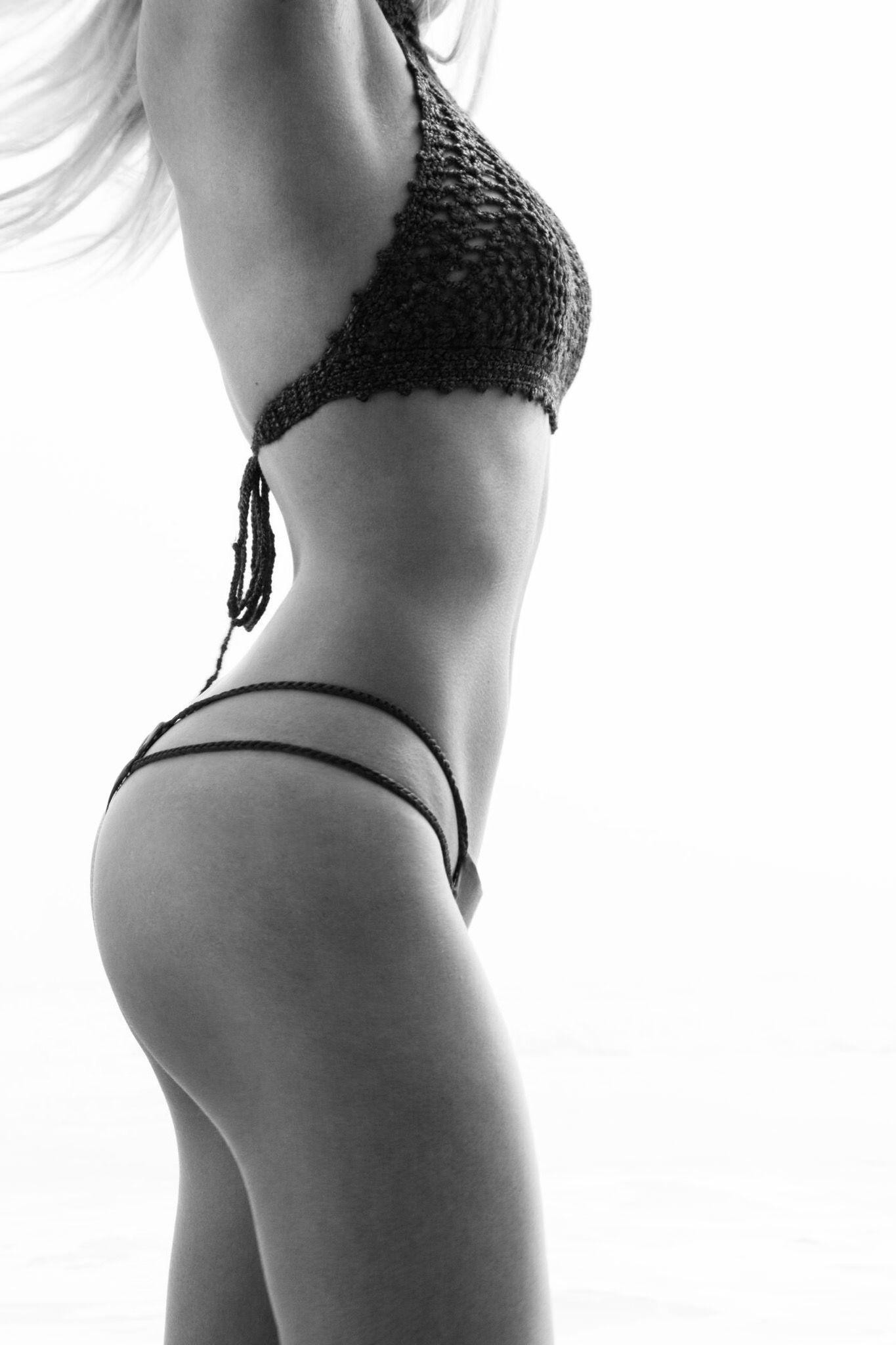 Bikini Photos of Ava Sambora