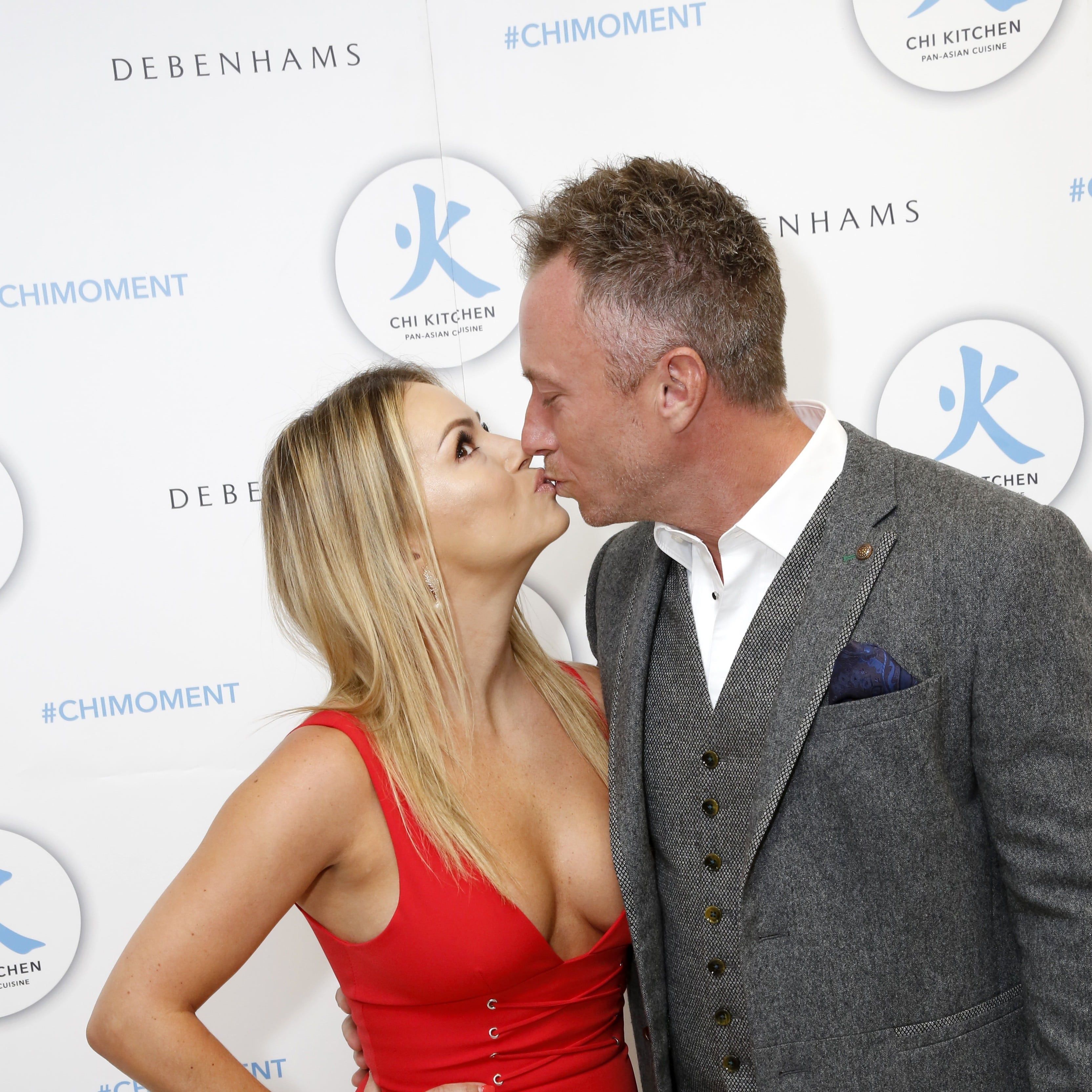 Ola Jordan Kissing And Flaunting That Body