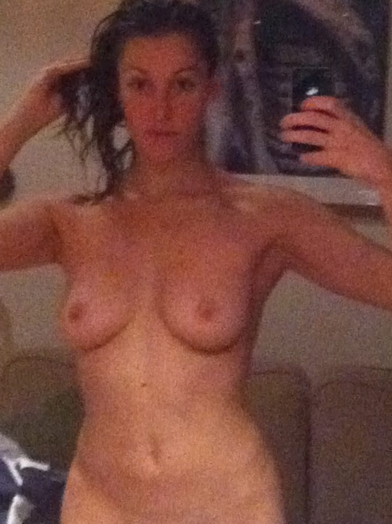 Michelle Antrobus Posing Completely Naked (HQ Leaks)