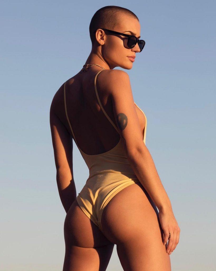 Vendelali Topless