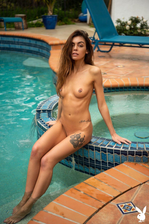 Olia Adams Naked