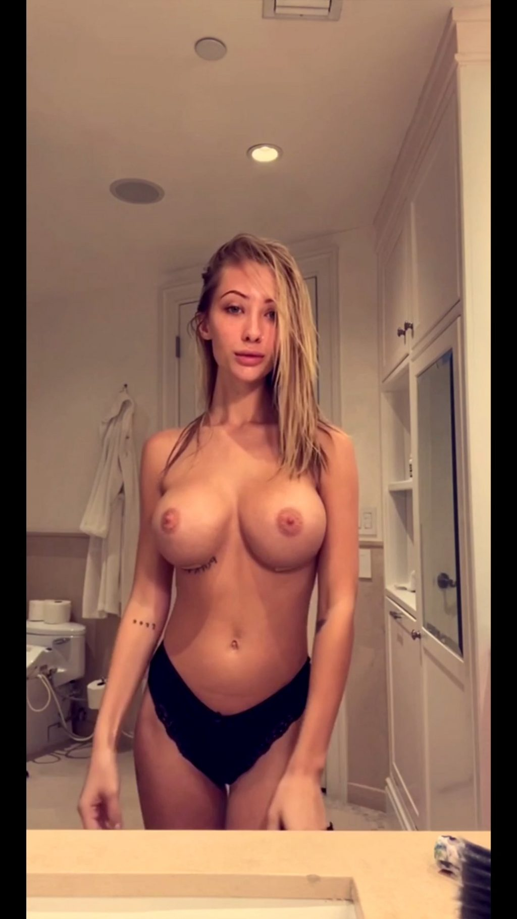 Kaylen Ward Topless