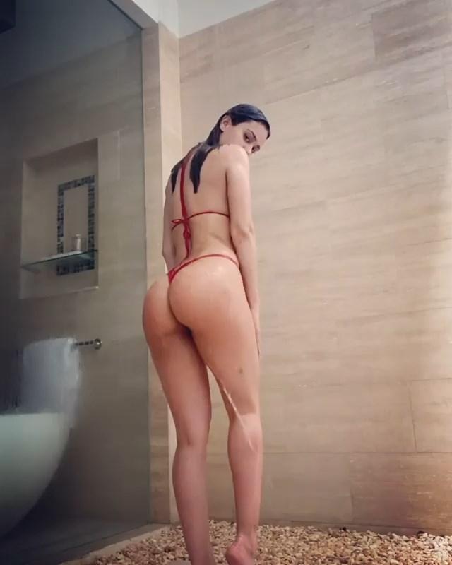Yanet Garcia Sexy