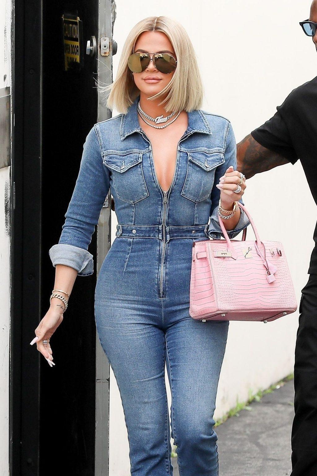 Khloe Kardashian Hot