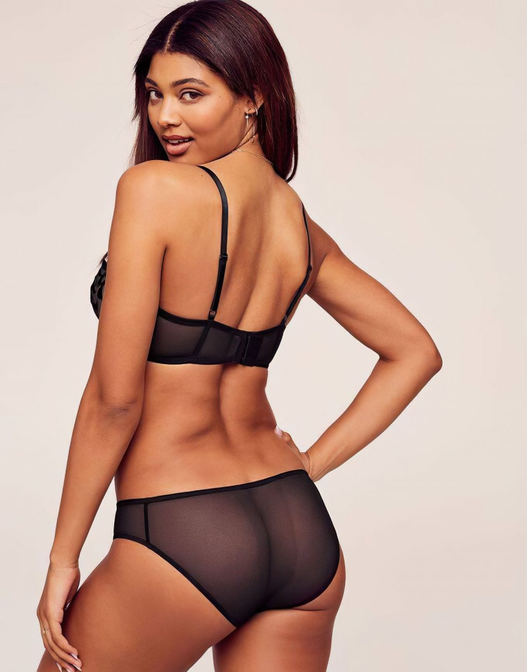 Danielle Herrington Erotic