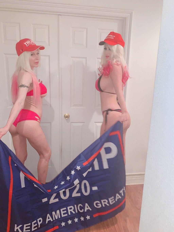 Frenchy Morgan & Tiffany Madison Urge Bikini