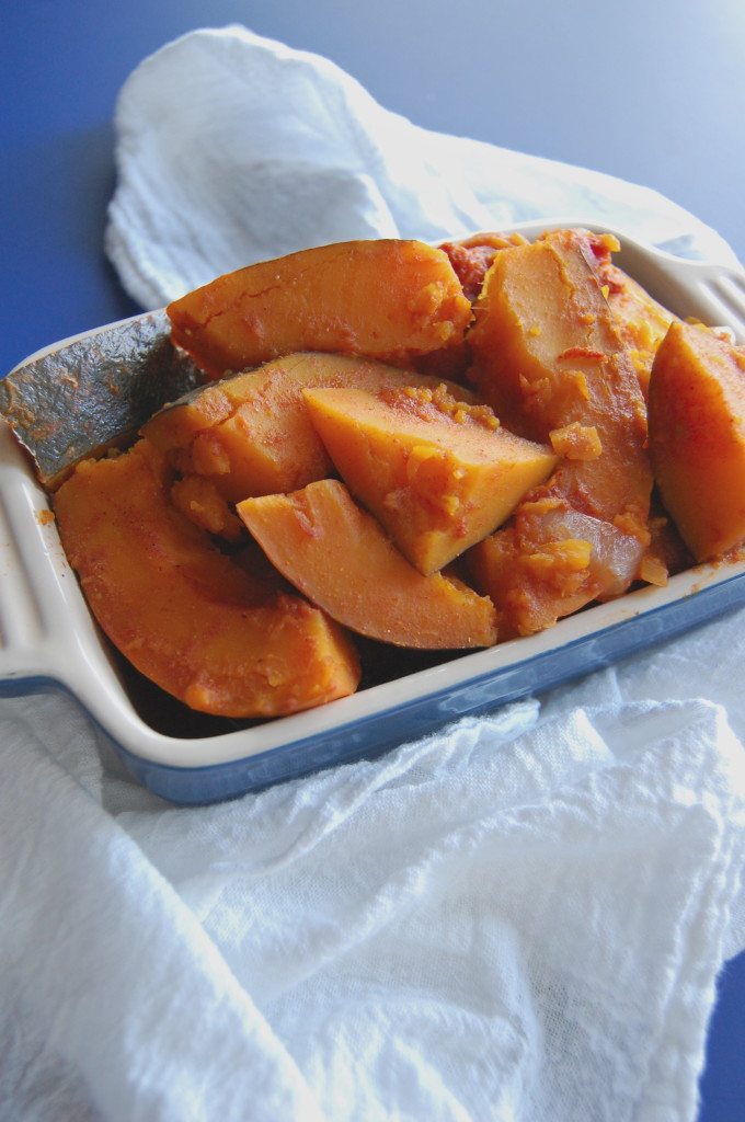 Kabocha Squash with Tomatoes and Onions