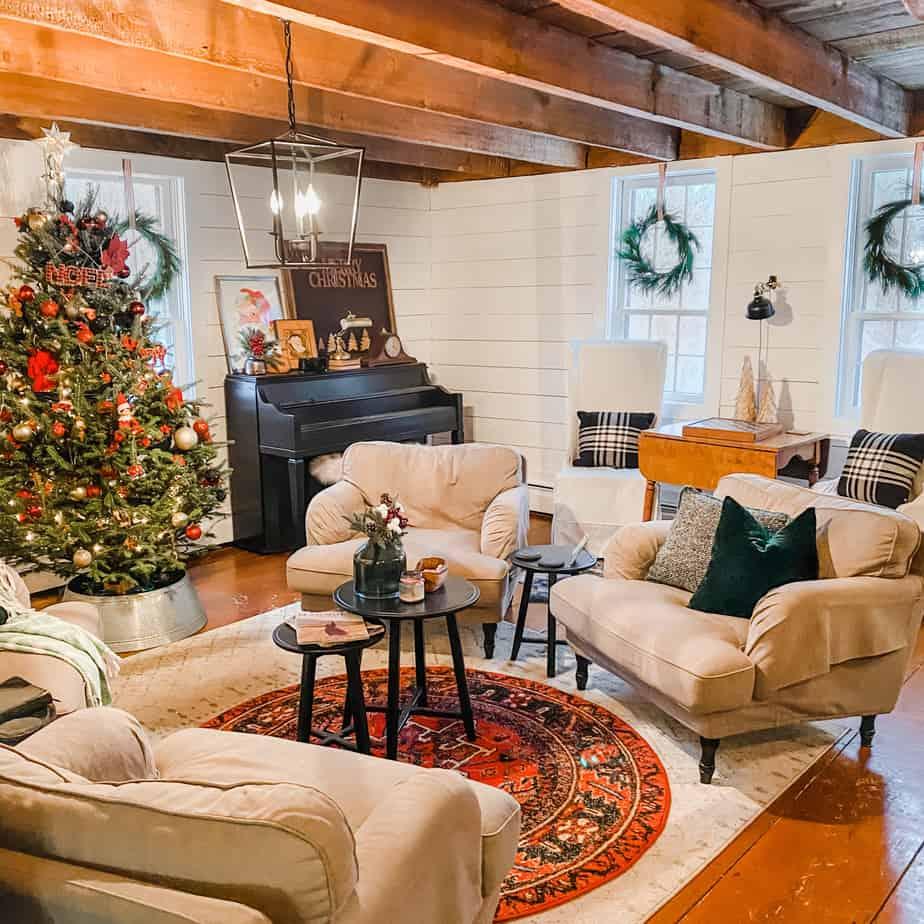DIY Fresh Christmas Wreaths!