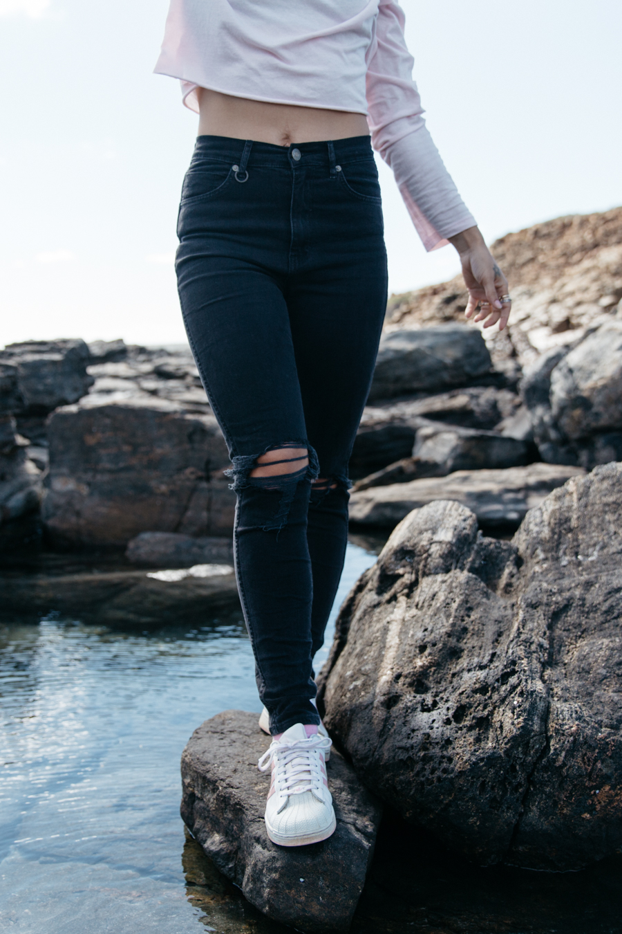 Black skinny jeans high waisted.