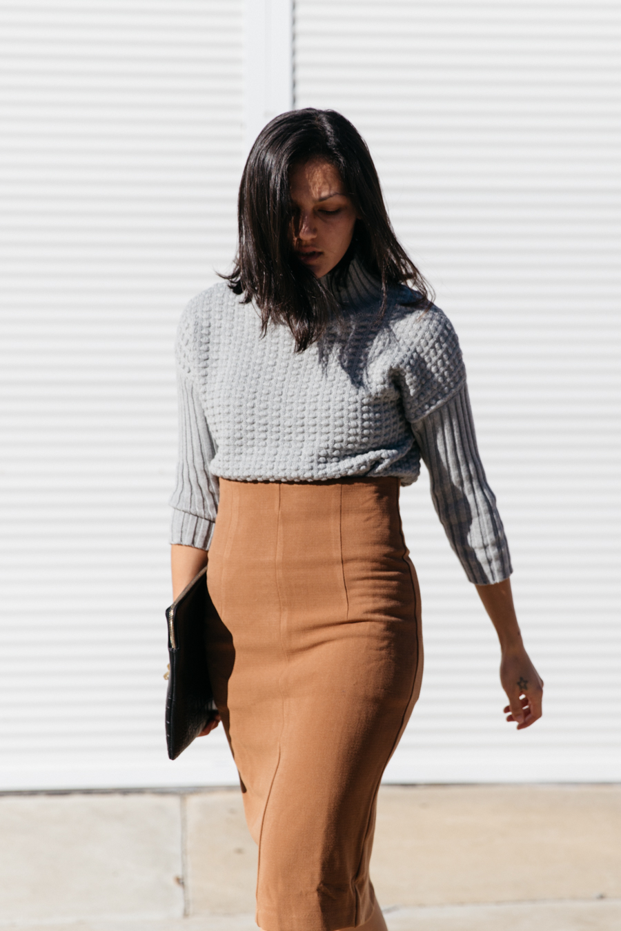 How to wear a brown pencil skirt.