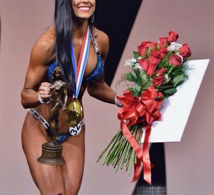 004 A Chat with 3 Time Miss Bikini Olympia Ashley  Kaltwasser