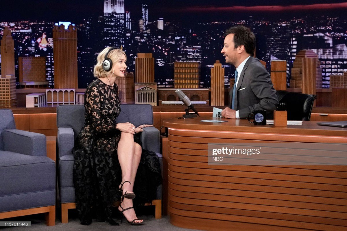 Naomi Watts Wears Oscar Dela Renta On Tonight Show