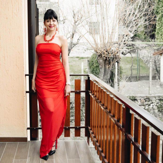 Come indossare un abito rosso lungo - The Fashion Cherry Diary