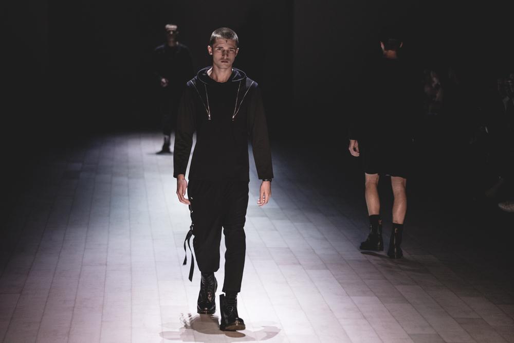 justin-cassin-mbfwa-azar-image-2017-fashion-week-sydney-2510