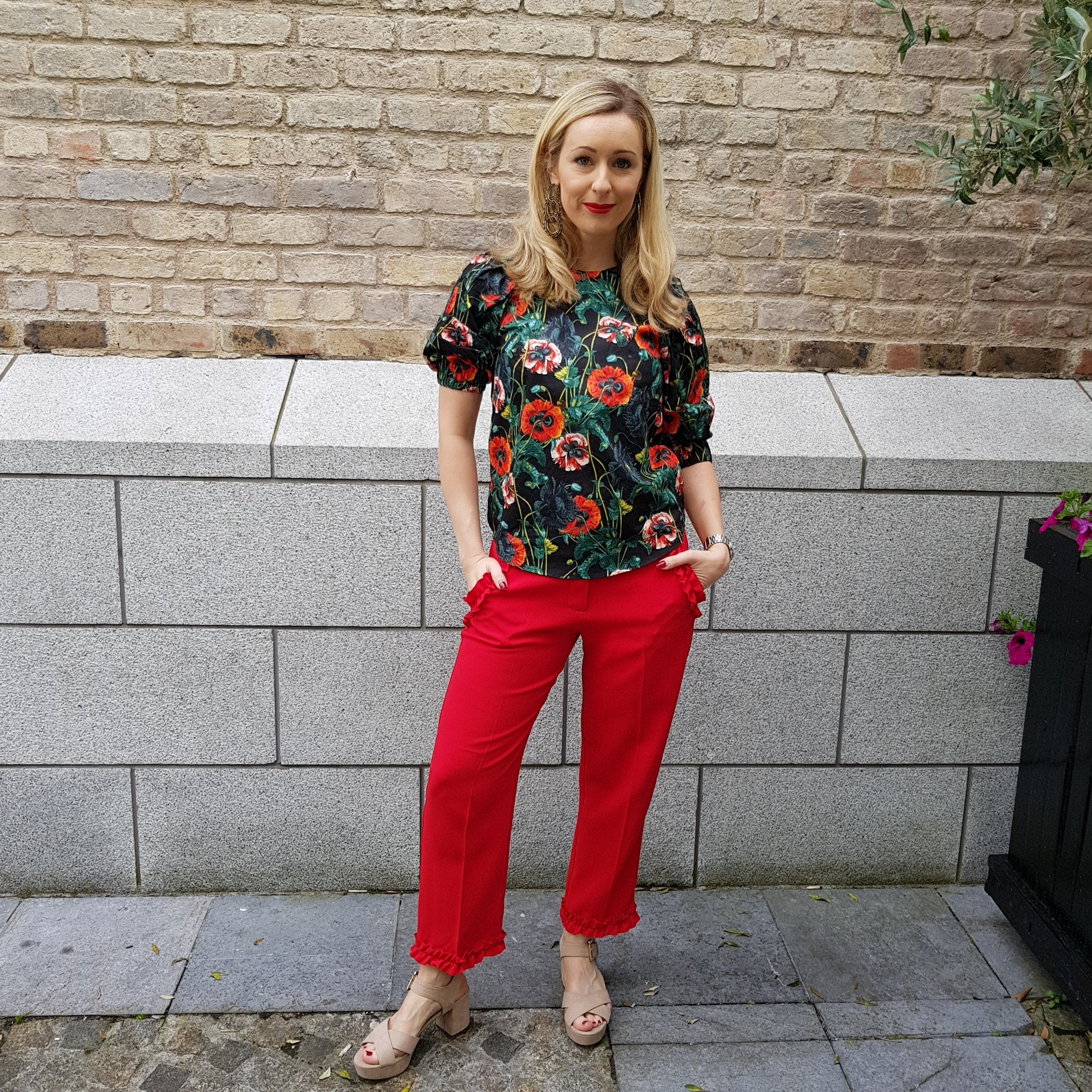 Ruffle trousers - three ways