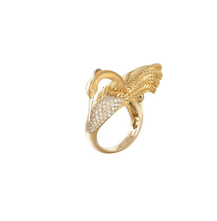 Garzas ring in yellow gold with diamonds