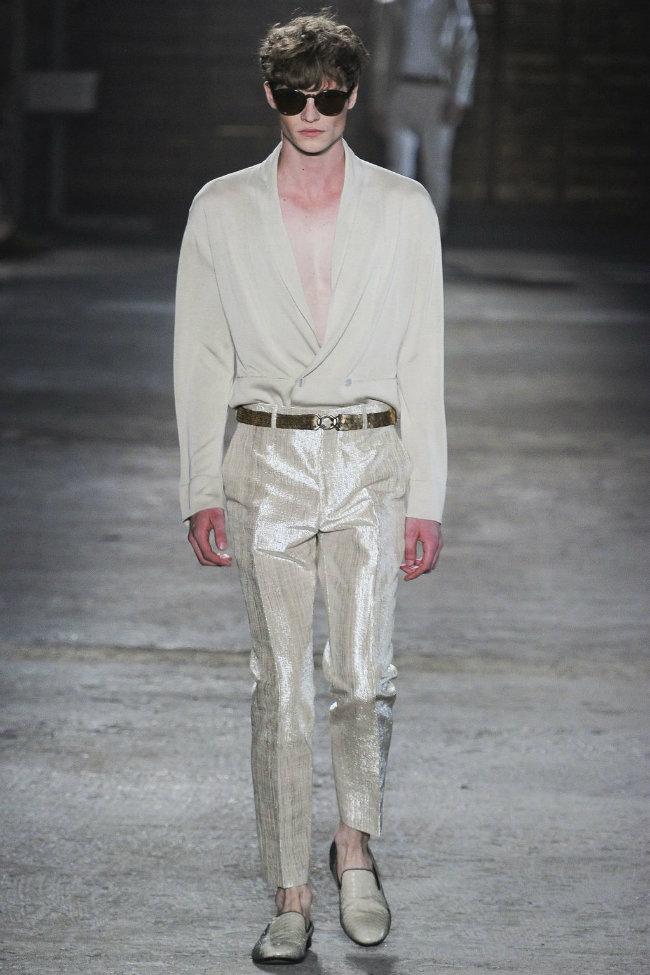 alexandermcqueen11 Alexander McQueen Spring 2012 | Milan Fashion Week