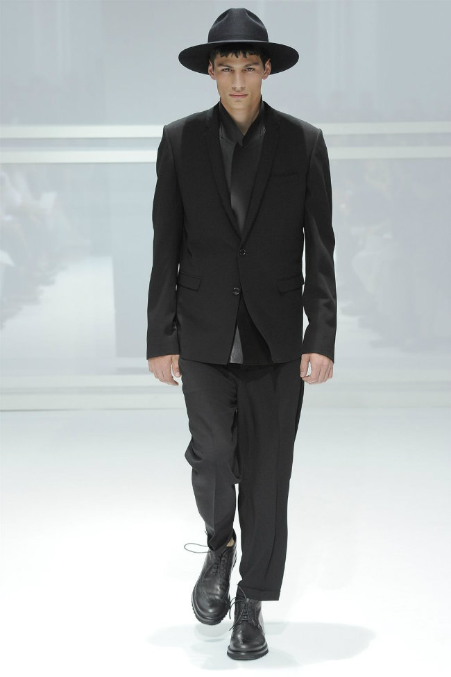 diorhomme3 Dior Homme Spring 2012 | Paris Fashion Week