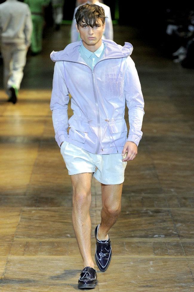 muglerrunway6 Mugler Spring 2012 | Paris Fashion Week