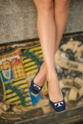 Tory Burch Gigi flats in navy