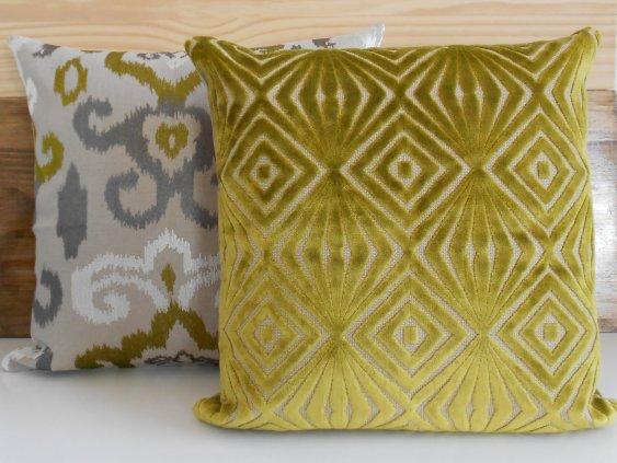 Green Velvet Diamond Print Pillow