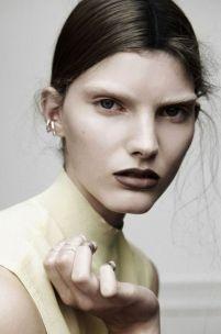 bleached eyebrows burgundy lips
