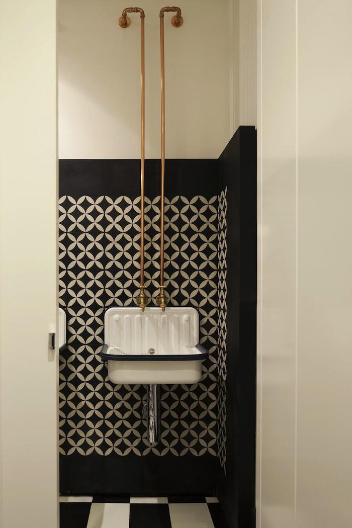 copper piping and bw bathroom