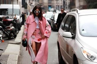 Eleonora-Carisi-streetstyle-pink-Vivetta-Kawaii-rosa-mfw