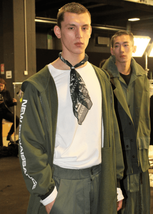 Model backstage at the Marcelo Burlon Fall 2017 menswear show©The Fashion Plate 2017 (photo by Lola Montanaro)