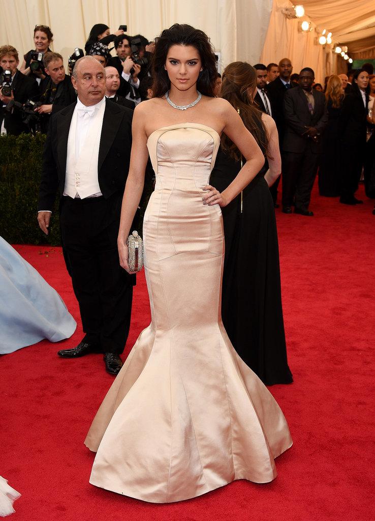 Black And White Dress Kim Kardashian 2009