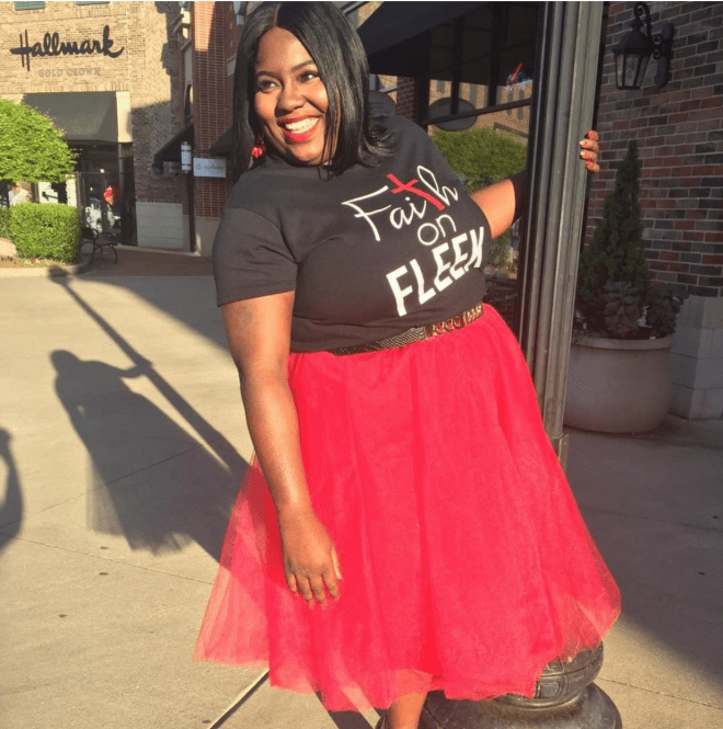 carefree-plus-size-blogger-1