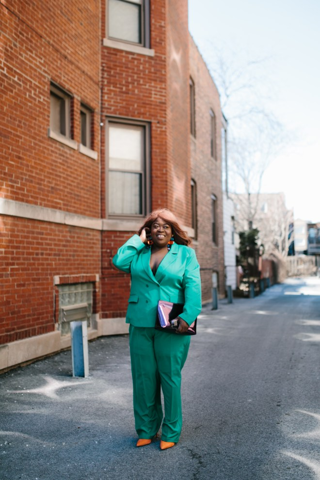 Spring trends plus size fashion green suit
