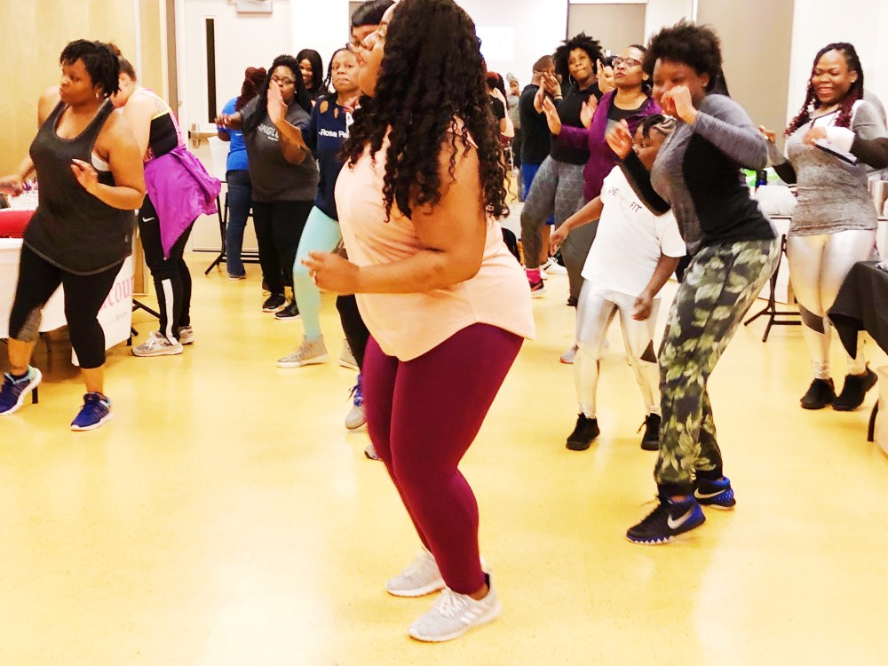ZUMBA,PLUS SIZE WORK OUT, chasi jernigan, plus size fitness, plus size blogger, nike plus size