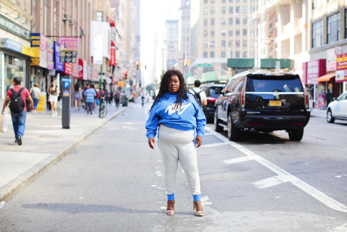 How To Style A Plus Size Sportswear Look For Fall, Nike, Macy, plus size fashion